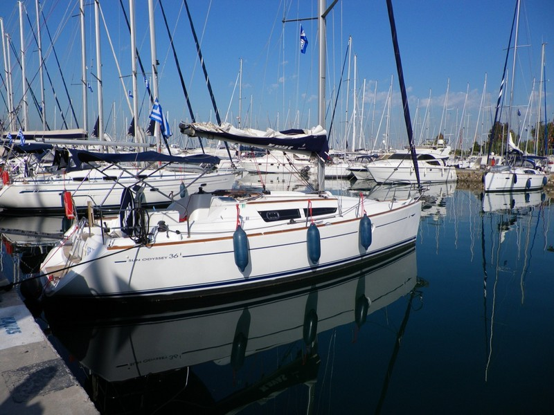 http://www.scancharter.com/wp-content/uploads/boats/14186_jeanneau_so_36i-bareboat-charter-greece.jpg