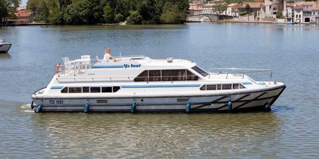 http://www.scancharter.com/wp-content/uploads/boats/14280_classique-1.jpg