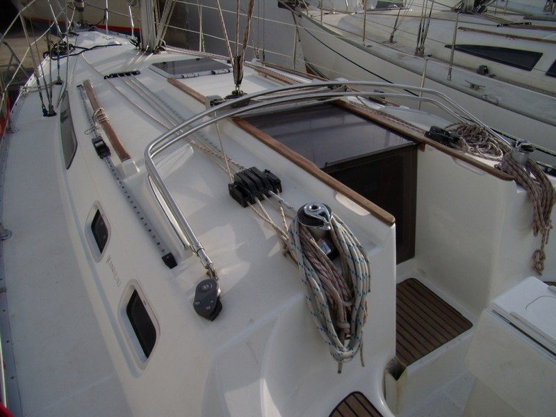 http://www.scancharter.com/wp-content/uploads/boats/14304_jeanneau-so342-yacht-charter-greece-1.jpg