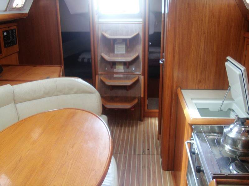 http://www.scancharter.com/wp-content/uploads/boats/14304_jeanneau-so342-yacht-charter-greece-6.jpg