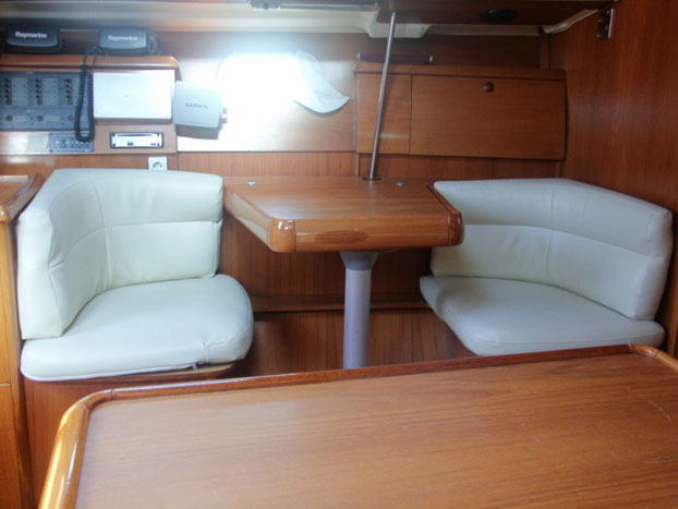http://www.scancharter.com/wp-content/uploads/boats/14402_jeanneau-so40-yacht-charter-greece-3.jpg