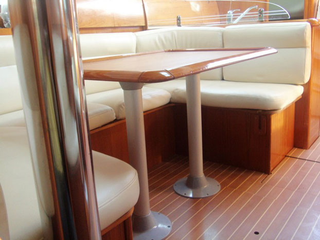 http://www.scancharter.com/wp-content/uploads/boats/14402_jeanneau-so40-yacht-charter-greece-4.jpg