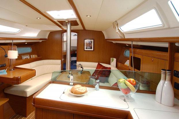 http://www.scancharter.com/wp-content/uploads/boats/14422_sunsail-36i-2.jpg