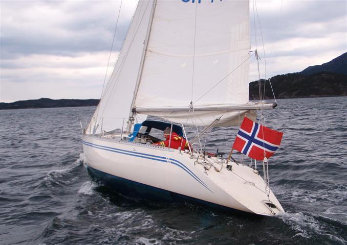 http://www.scancharter.com/wp-content/uploads/boats/14500_051-small.JPG
