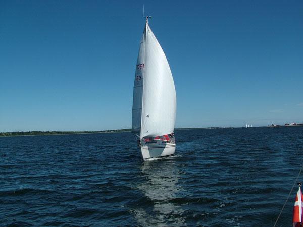 http://www.scancharter.com/wp-content/uploads/boats/14512_charter4.jpg