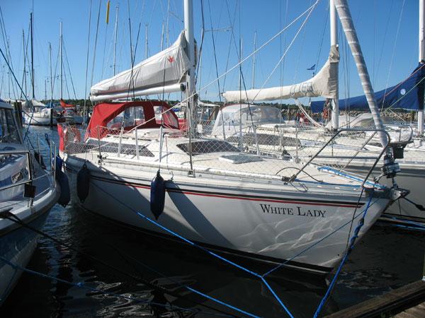 http://www.scancharter.com/wp-content/uploads/boats/14512_whitelady.jpg