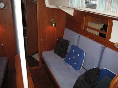 http://www.scancharter.com/wp-content/uploads/boats/14518_img_0024_2.JPG