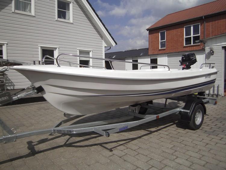 http://www.scancharter.com/wp-content/uploads/boats/15654_image00044.jpg