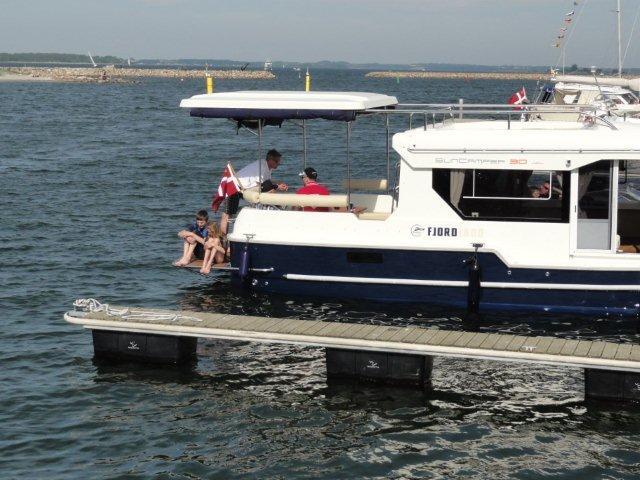 http://www.scancharter.com/wp-content/uploads/boats/15675_dsc00937.jpg