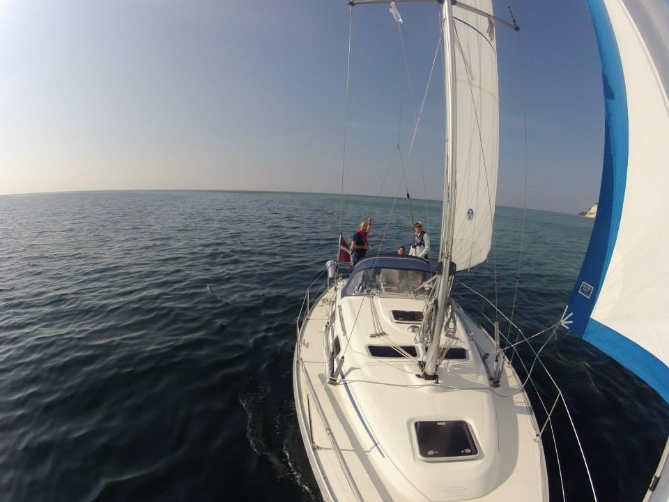 http://www.scancharter.com/wp-content/uploads/boats/16016_mini-5.jpg