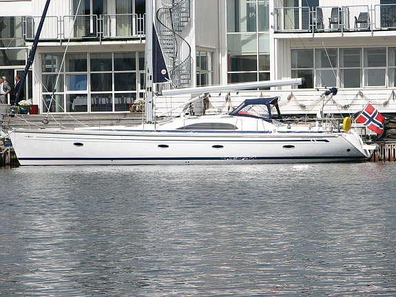 http://www.scancharter.com/wp-content/uploads/boats/16024_bavaria-vision-50-88_1190036663837.jpg