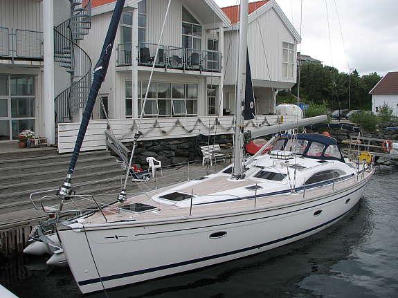 http://www.scancharter.com/wp-content/uploads/boats/16024_bavaria-vision-50-88_1190036664391.jpg
