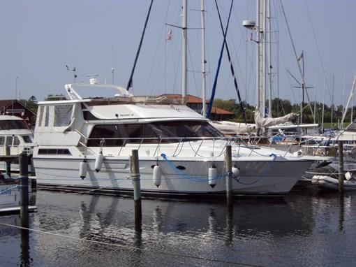 http://www.scancharter.com/wp-content/uploads/boats/16388_p46a.jpg