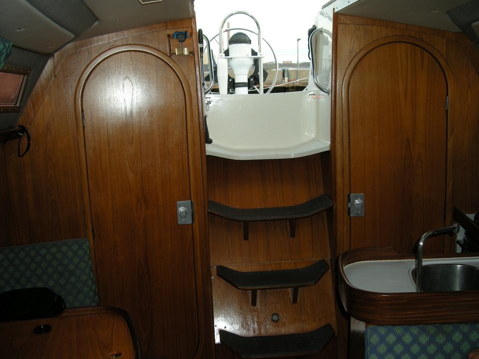 http://www.scancharter.com/wp-content/uploads/boats/16423_treppe.jpg