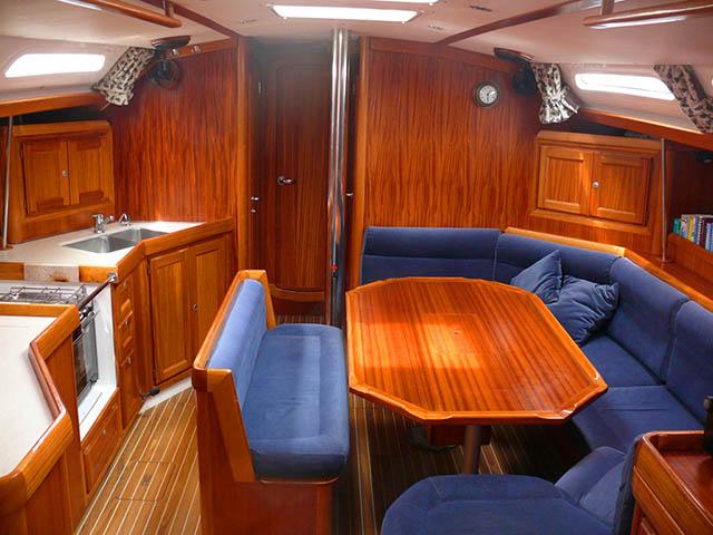 http://www.scancharter.com/wp-content/uploads/boats/16435_010.jpg
