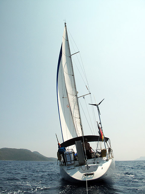 http://www.scancharter.com/wp-content/uploads/boats/16435_03a.jpg