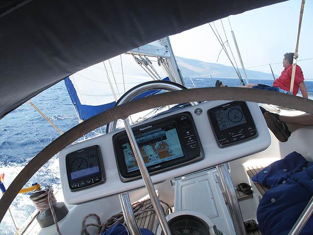 http://www.scancharter.com/wp-content/uploads/boats/16435_06.jpg