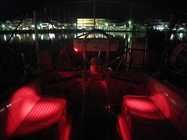 http://www.scancharter.com/wp-content/uploads/boats/16435_09.jpg