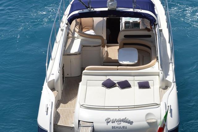 http://www.scancharter.com/wp-content/uploads/boats/16565_princess4.jpg