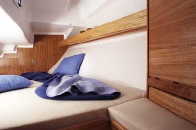 http://www.scancharter.com/wp-content/uploads/boats/16589_bavaria-30-cruiser-agterkahyt.jpg