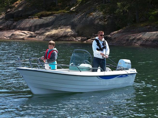http://www.scancharter.com/wp-content/uploads/boats/16595_far-son-i-terhi-6020-styrepult.jpg
