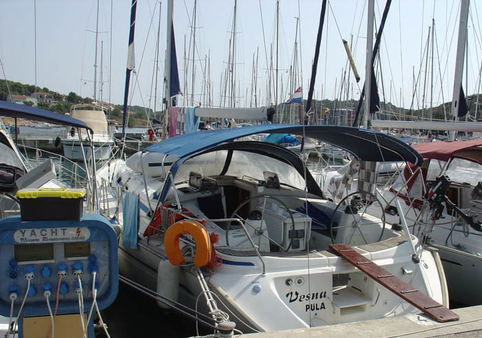 http://www.scancharter.com/wp-content/uploads/boats/16687_vesna-s-157.jpg