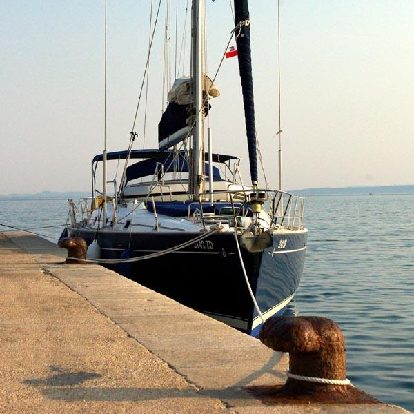 http://www.scancharter.com/wp-content/uploads/boats/16753_08030321383122.jpg