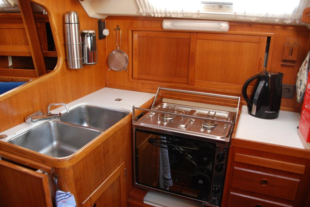 http://www.scancharter.com/wp-content/uploads/boats/16783_herr-nilsson-3.jpg