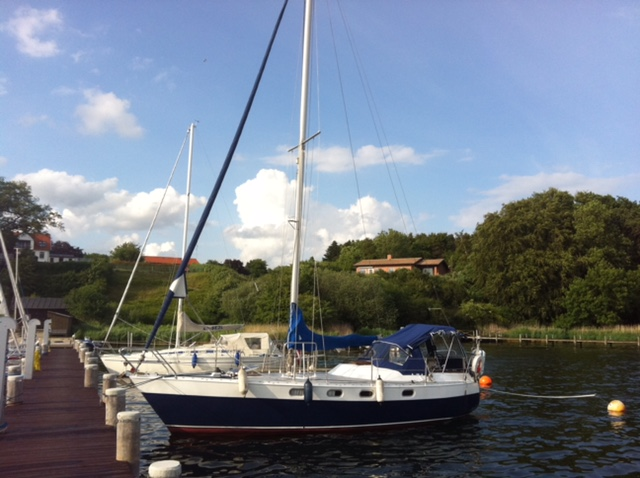 http://www.scancharter.com/wp-content/uploads/boats/16798_breezin.jpg