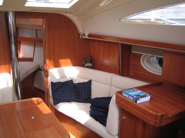 http://www.scancharter.com/wp-content/uploads/boats/9167_elan-384-3.jpg