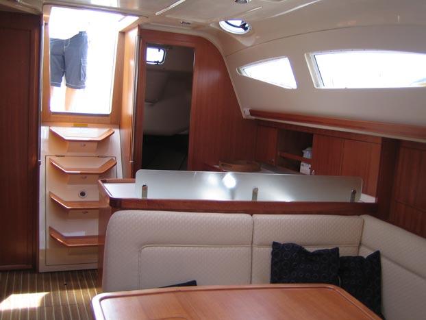 http://www.scancharter.com/wp-content/uploads/boats/9167_elan-384-5.jpg