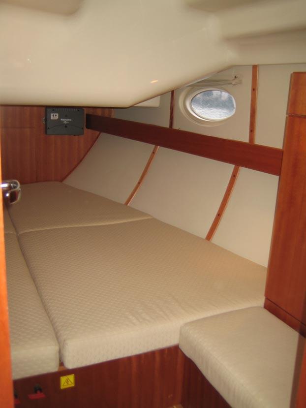 http://www.scancharter.com/wp-content/uploads/boats/9167_elan-384-9.jpg