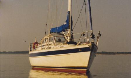 http://www.scancharter.com/wp-content/uploads/boats/9634_hallbergrassy36-2_1.jpg