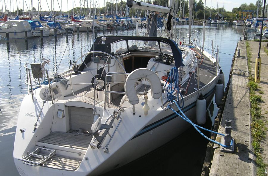 http://www.scancharter.com/wp-content/uploads/boats/9702_B420-havn-4-1-900px.jpg