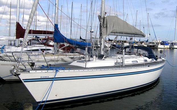 http://www.scancharter.com/wp-content/uploads/boats/9702_bianca420_layout.jpg