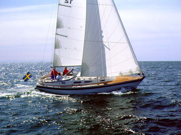 http://www.scancharter.com/wp-content/uploads/boats/9814_hr34-6-stor.jpg