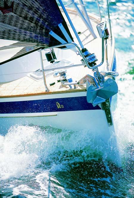 http://www.scancharter.com/wp-content/uploads/boats/9844_HR37-9-large.jpg