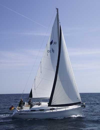 http://www.scancharter.com/wp-content/uploads/boats/9890_bavaria30_bidevind.jpg